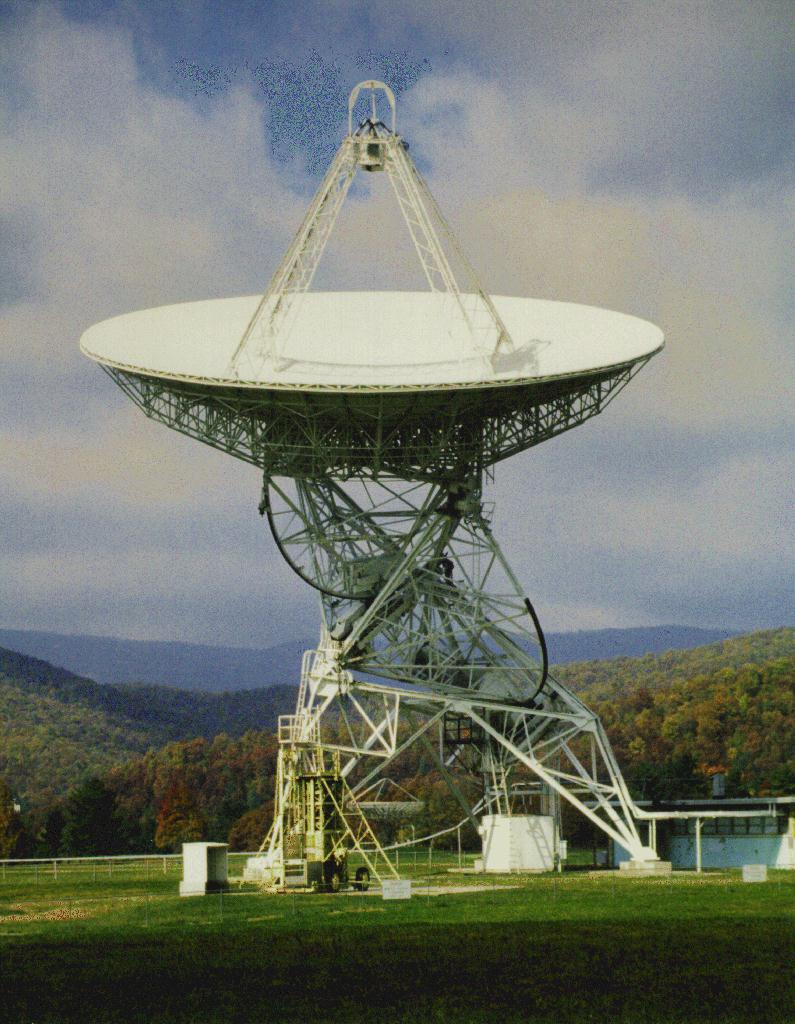 The Tatel radio telescope at Greenbank, WV